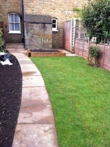 Pegs garden 2013 011
